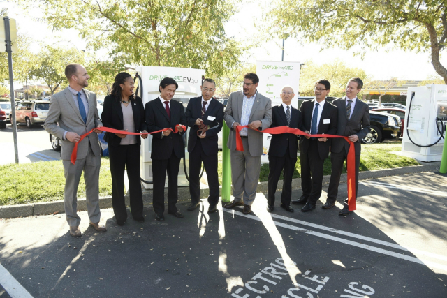 """DRIVETHEARC"" EV Fast Charging Corridor Breaks Ground In Northern California"