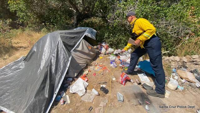 Santa Cruz Police Dept Teaming with Santa Cruz Fire Dept in Closing Homeless Encampments